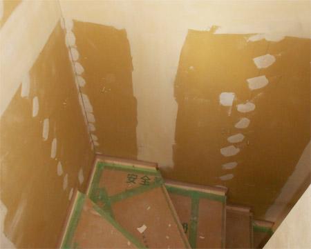 階段と内壁のリフォーム作業